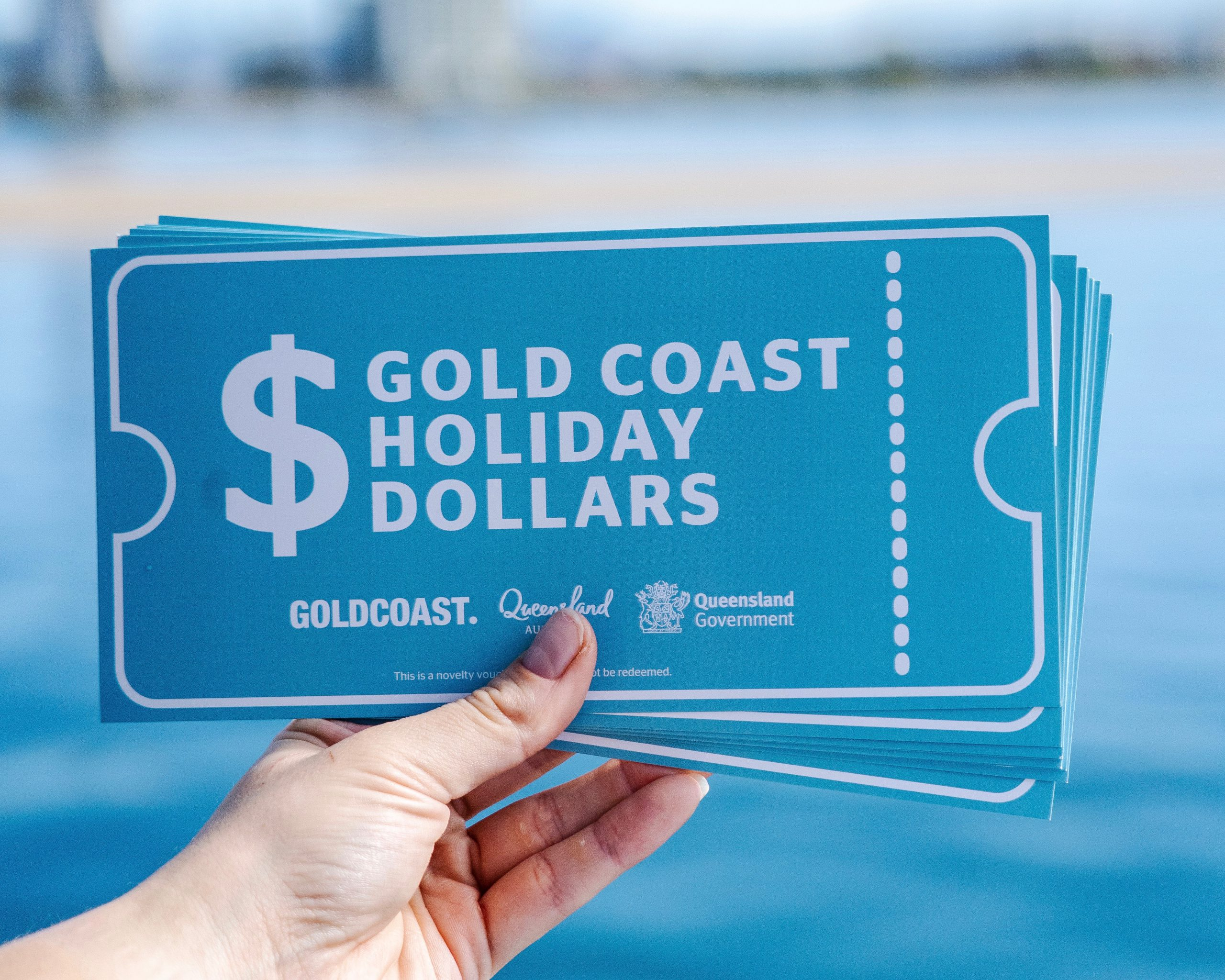 Makes a splash with Gold Coast Holiday Dollars